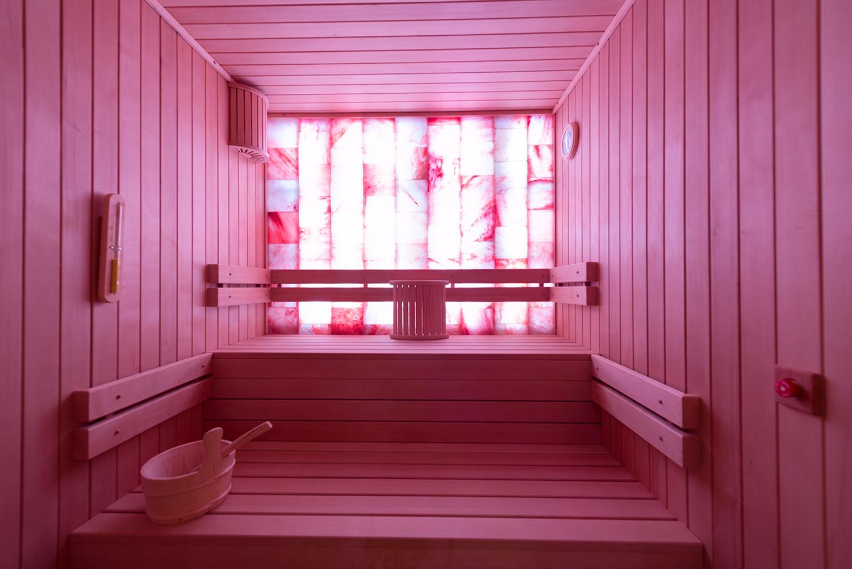 Intérieur du sauna du spa des lys